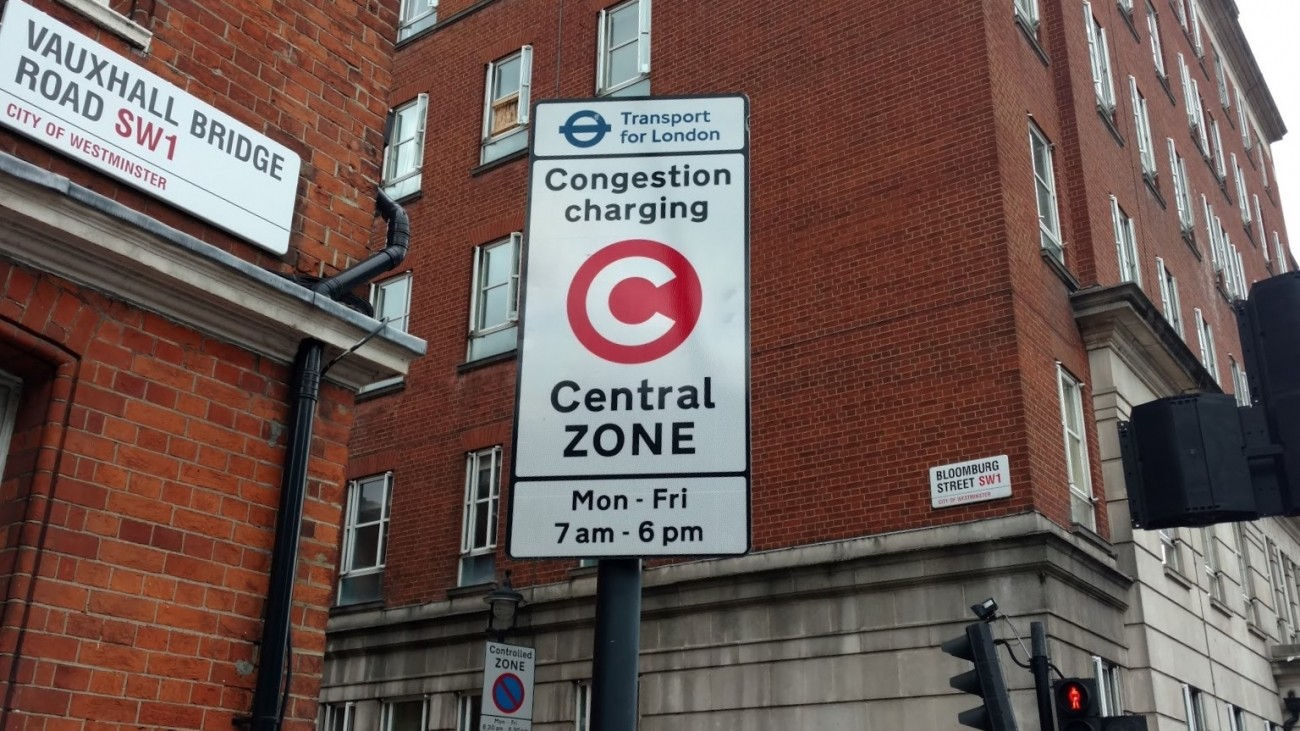Congestion toll sign in London