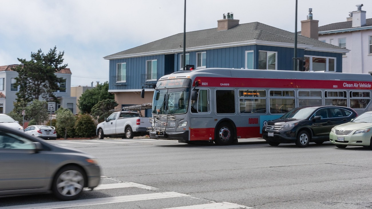 28R route on 19th Avenue